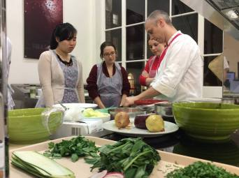 Cookery lesson with the UCL Vegetarian Society